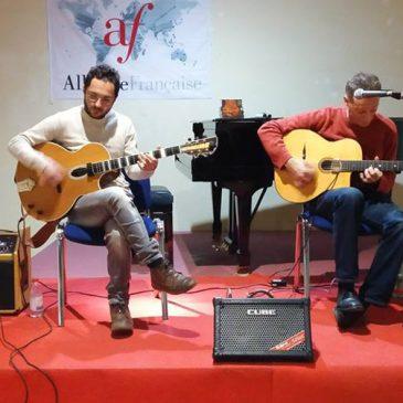 Swing manouche, jazz musette et chanson française avec le Duo Musettes. Le Foto.